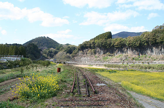 tr_kamizaki_201104_3.jpg